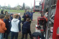 Рятувальники завітали в гості до діток Васильківської ЗОШ № 9